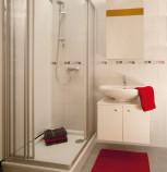Waschbecken installieren, Spiegelschrank Bad,